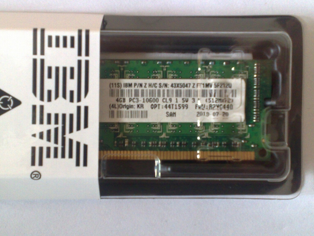 Bộ Nhớ RAM IBM 4GB PC3(10600) CL9 ECC DDR3 1333MHz LP RDIMM